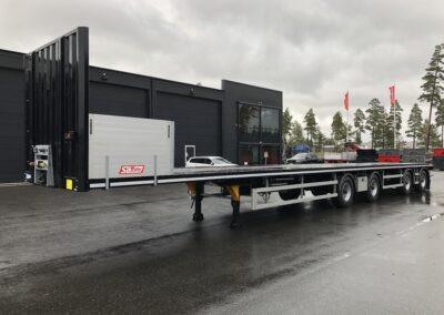 SL-Trailer – 18,5m Flakjumbo med Tridecstyrning